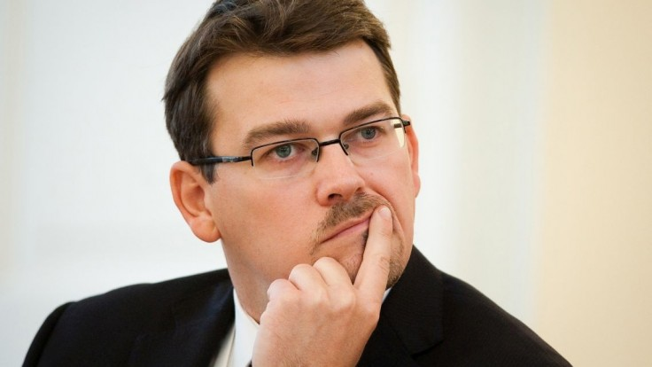 Vymeňte štátneho tajomníka, vyzýva SNS koaličného partnera