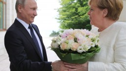 Merkelová navštívila Soči, s Putinom rokovala o Sýrii i Ukrajine