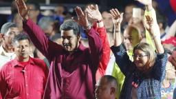 Maduro zostáva prezidentom Venezuely, súperi výsledok spochybňujú