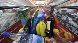 Jedlo končí v koši, káždý piaty Slovák plytvá potravinami