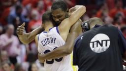 NBA: Finále bude rovnaké ako vlani, obhajca vyhral v Houstone