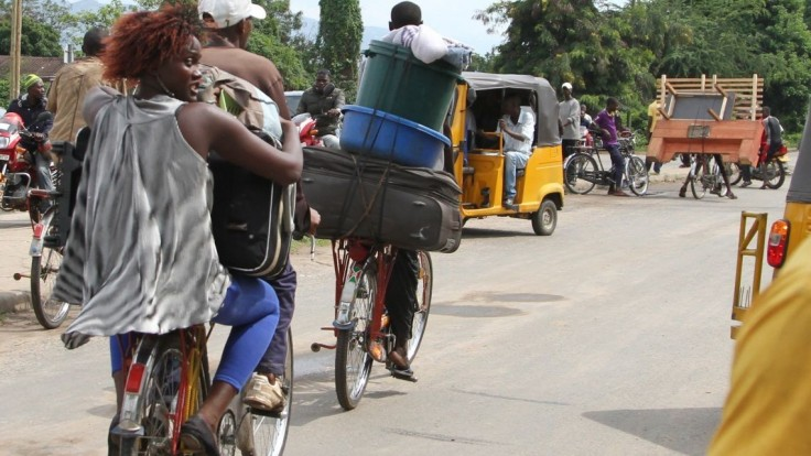 Prečo nám ponúkate somáre, pýtajú sa Burunďania Francúzov
