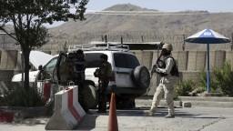 Afganské ministerstvo bolo terčom útoku, armáda útočníkov zabila