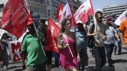 Ľudia v Grécku štrajkujú, nesúhlasia s reformnými opatreniami