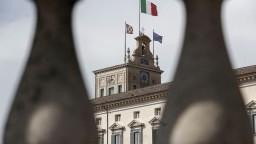 Taliansku by mohol prospieť odchod z eurozóny, obyvatelia sú proti