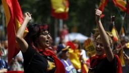 Nová katalánska vláda sa ujala moci, priamy dohľad Madridu sa zrušil