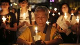 Stovky mŕtvych a zmarené nádeje. Čína si pripomína masaker