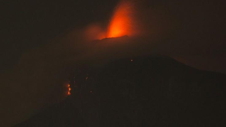 Desiatky mŕtvych, stovky zranených. V Guatemale vybuchla sopka