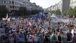 Vo viacerých českých mestách protestovali proti Babišovej vláde