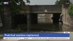 Podjazd v Košiciach je roky zaplavený, môže narušiť cestu