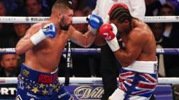 Britský boxer sa rozhodol ukončiť svoju kariéru