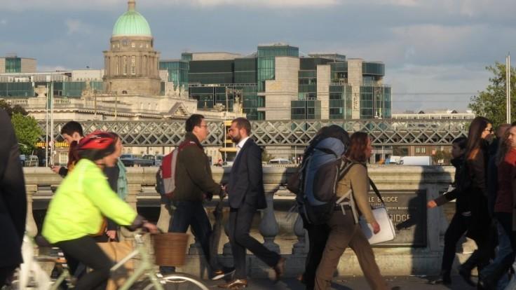 Konzervatívne Írsko chce po uvoľnení interrupcií povoliť rúhanie sa