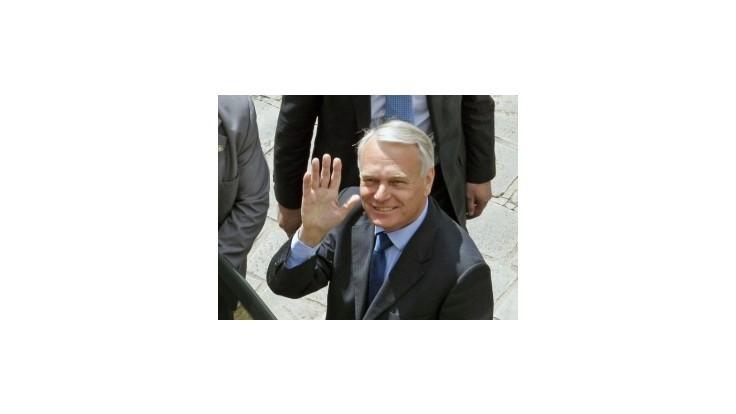 Nový francúzsky premiér Jean-Marc Ayrault sa ujal funkcie