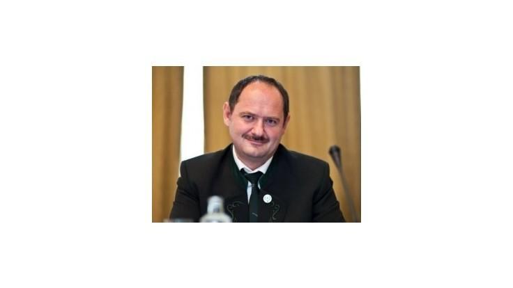 Simon odmieta ministrove obvinenia: Je to absolútne zavádzanie