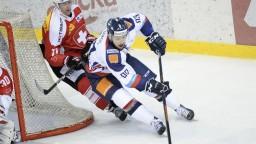 Ďalší Slovák v NHL, Bakoš podpísal zmluvu s Bostonom