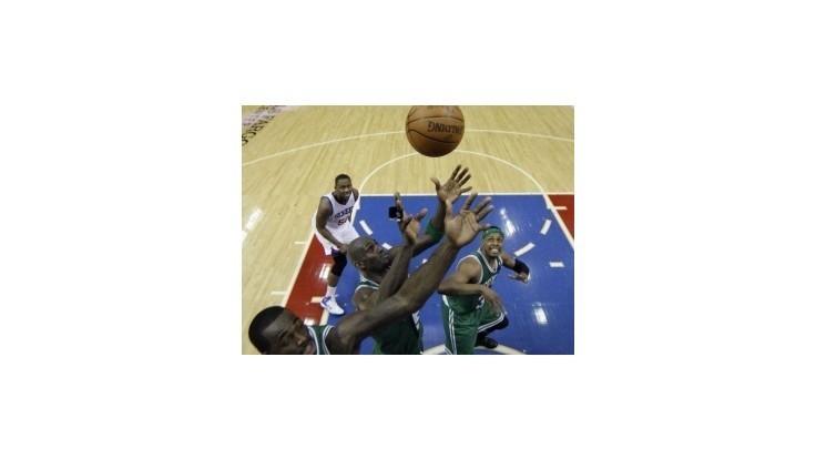 NBA: Boston vyhral vo Philadelphii, Oklahoma si poradila s LA Lakers