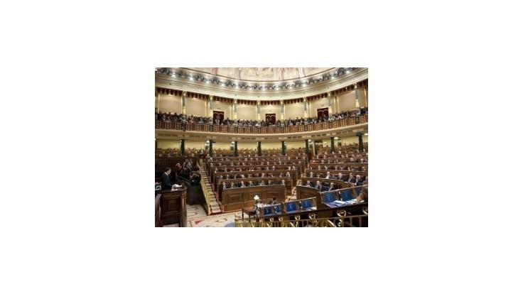 Španielsky parlament schválil úsporné opatrenia za 10 miliárd eur