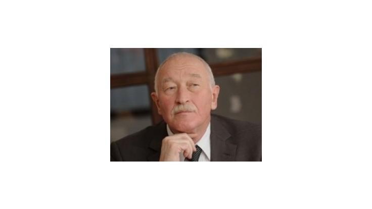 František Šebej vystúpil z OKS, ostáva v klube Most-Híd