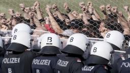 Rakúske zložky mali cvičenie, trénovali zásah proti migrantom