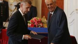 Česko má novú Babišovu vládu, na hrade ju vymenoval Zeman