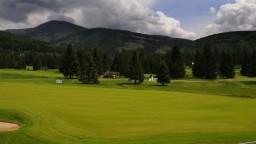 Na Táloch sa uskutočnil ďalší ročník Business Golf Tour