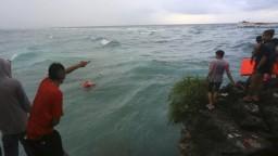 V Indonézii sa potopil trajekt, lodné nešťastie má desiatky obetí