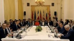 EÚ sa snaží zachrániť jadrovú dohodu s Iránom, Teherán má podmienky