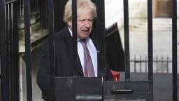 Z brexitu sa stáva chaos, v britskej vláde končí aj Boris Johnson