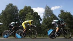 Sagan vydržal v žltom drese iba deň, vystriedal ho Van Avermaet