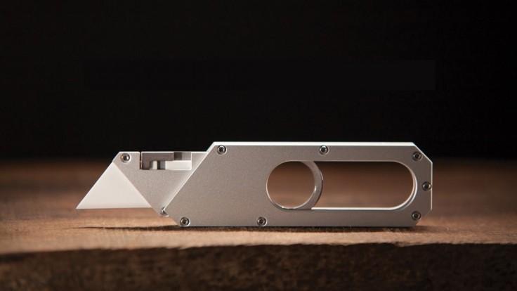 Čepeľ vysúvacieho noža Maker zostane akoby zázrakom zafixovaná