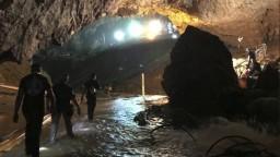 Dráma v zatopenej jaskyni má šťastný koniec, chlapci sú v bezpečí