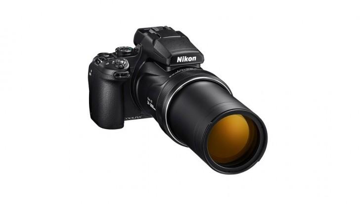 Nikon sa vytasil s novým superzoom delom Coolpix P1000
