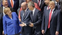 Trump na summite kritizoval Nemecko, posledné slovo mala Merkelová
