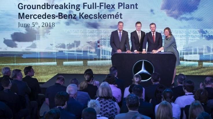 Mercedes-Benz stavia v Maďarsku prvý úplne flexibilný závod