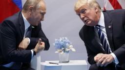 Trump pred summitom s Putinom označil médiá za nepriateľa