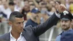 Ronaldo dorazil do Turína, udalosťou žije celé mesto