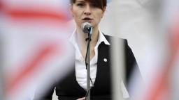 Mladá Ruska, ktorú USA obvinili zo špionáže, zostane vo väzbe