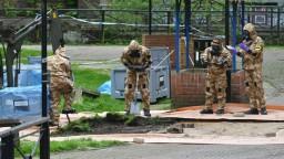 Zistili sme, kto útočil novičkom, tvrdí britská polícia