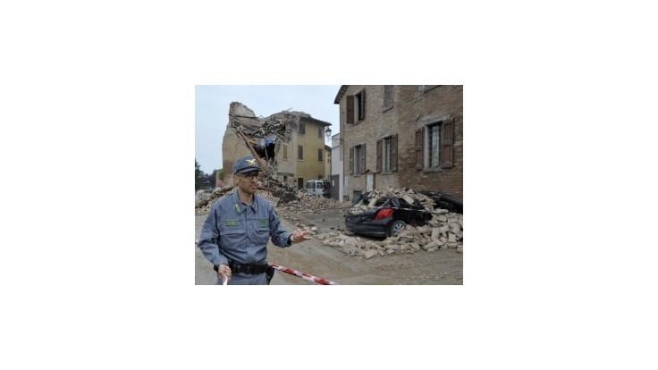 V Taliansku sa opäť triasla zem, tisíce ľudí nocovali v stanoch