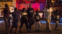 Po streľbe v Toronte hlásia ďalšiu obeť, útočníka zastrelili
