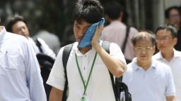 Japonsko trápia horúčavy, o život pripravili desiatky ľudí