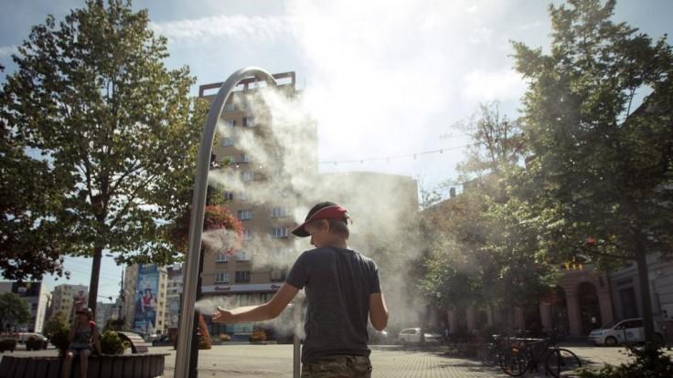 Slovensko zasiahne vlna horúčav, meteorológovia vydali výstrahu