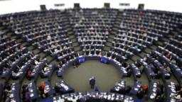 Brusel sa zameral na sociálne siete, zvyšuje záujem o Eurovoľby