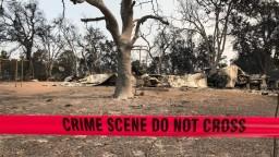 Požiare v Kalifornii zničili stovky domov a sú čoraz silnejšie
