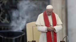 Pápež zmenil výklad cirkvi o treste smrti, oznámil Vatikán