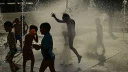 Trópy neustávajú, ohlásili ďalšiu vlnu horúceho vzduchu