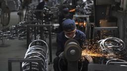 USA oznámili, kedy začnú vyberať ďalšie clá na čínske produkty