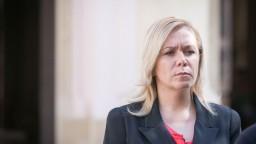 Saková zbavila mlčanlivosti 14 ľudí a stretla sa s veľvyslancom