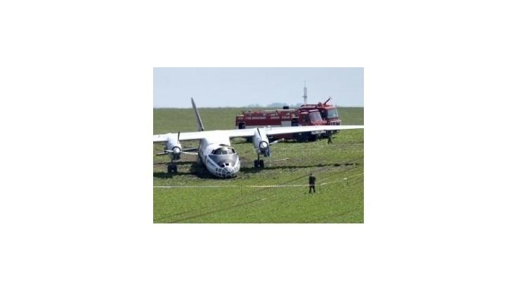 V Česku havaroval ruský Antonov s 23 ľuďmi na palube