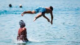 Aj kúpanie má riziká, na kúpaliská musia dohliadať plavčíci